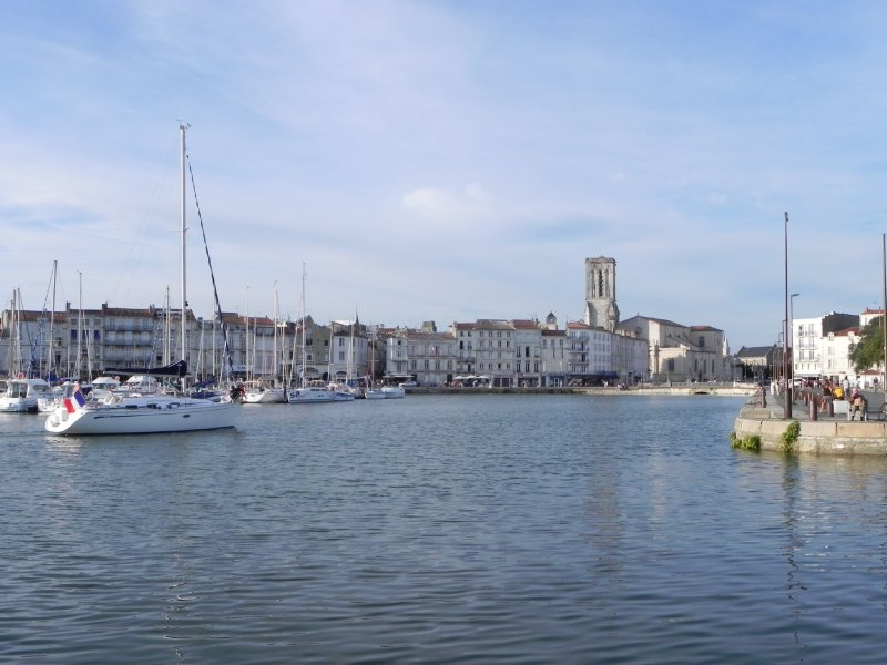 port de la rochelle. Black Bedroom Furniture Sets. Home Design Ideas