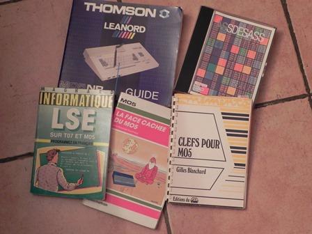 Livres et assembleur pour THOMSON