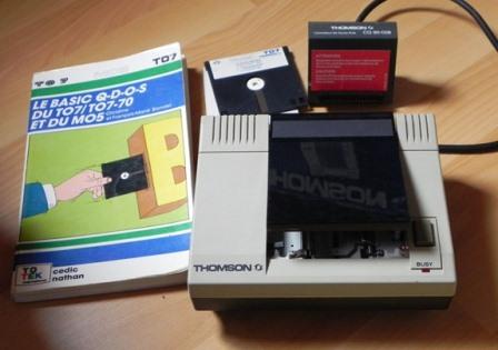Quick Disk Drive pour Thomson