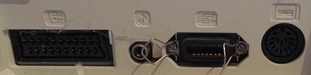 Connecteurs à l'arrière du TO8 : péritel, imprimante et lecteur de disquette (DIN 14 broches)