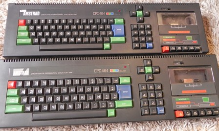 AMSTRAD CPC 464 : claviers QWERTY et AZERTY